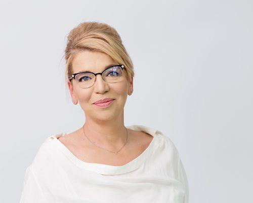 Elena Stefanova